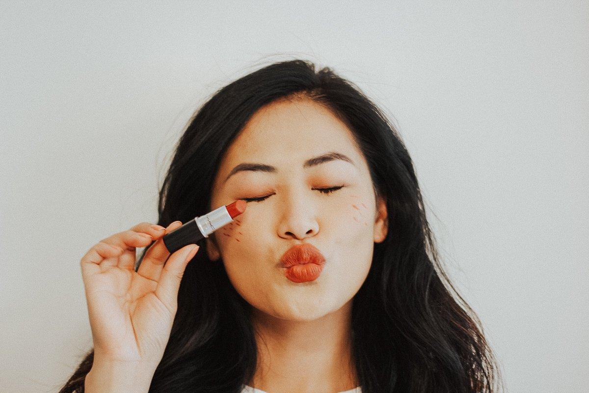 "(alt=""girl-asian-black-hair-mac-lipstick"")"